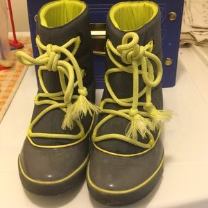 Excellent PreOwned Lacoste Winter Boots